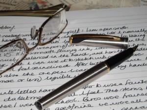 Articol de blog cu stiloul